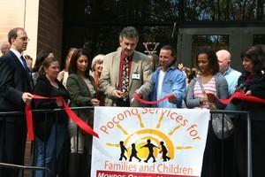 1423146903_RibbonCutting2